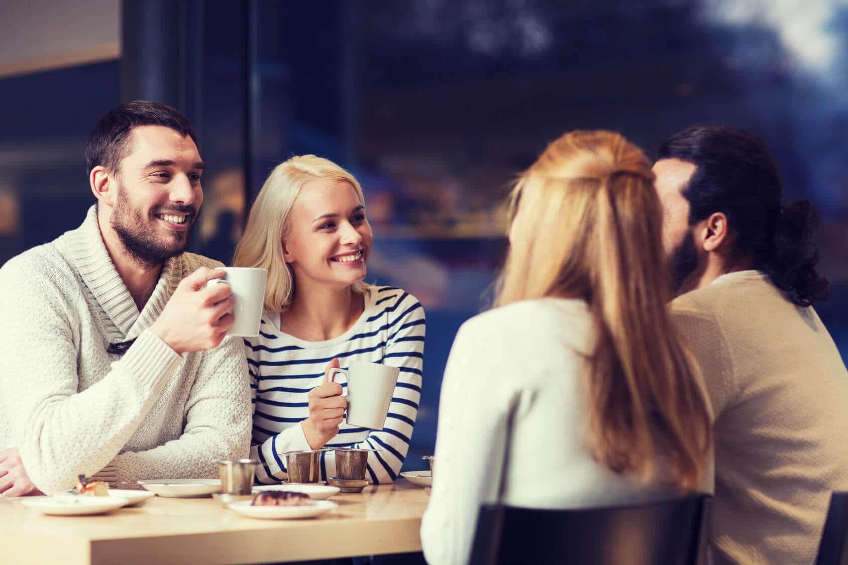 Freunde suchen Kontakt knüpfen Freundschaft finden Jumping Dinner Berlin