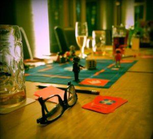 Freunde finden beim Spieleabend in Hannover mit Socialmatch