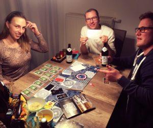 Esit the room mit Freunden daheim spielen