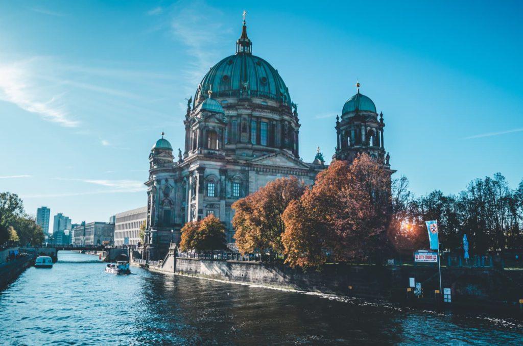 Neu in Berlin kennen lernen