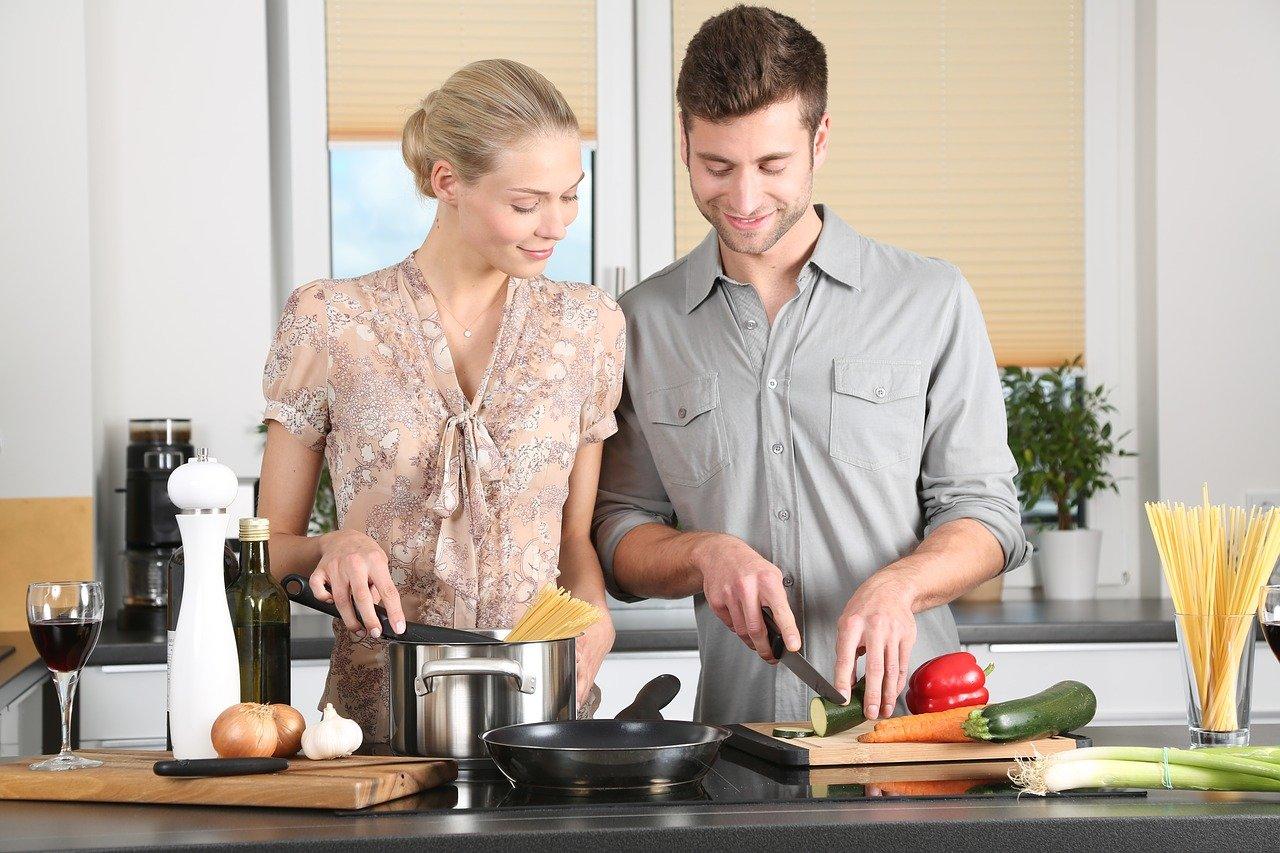 Die Küche: Ein Ort, an dem man sich gerne mit Freunden aufhält5 (1)