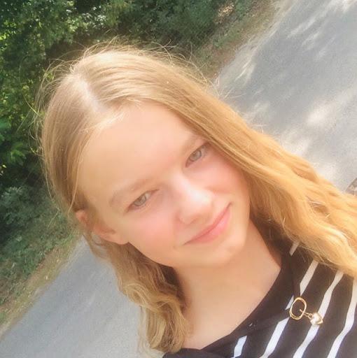 Profilbild von Josefine-Rolle